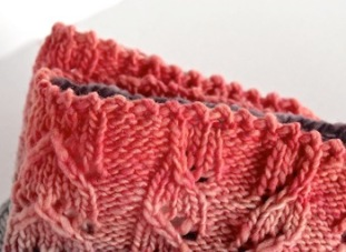 Knotted_Pink_Edge1
